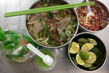 Phở tình nghĩa ở Sài Gòn