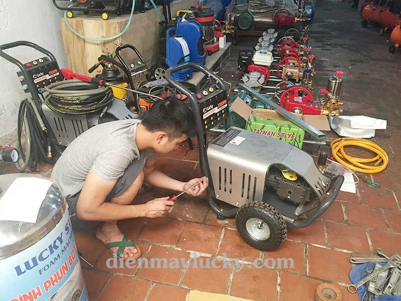 thanh lý máy rửa xe cao áp