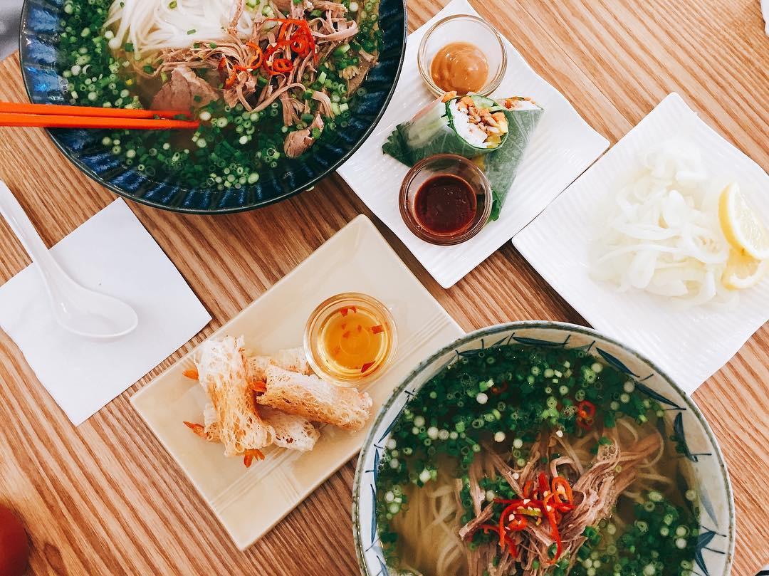 Cách nấu nước lèo cho người Hàn