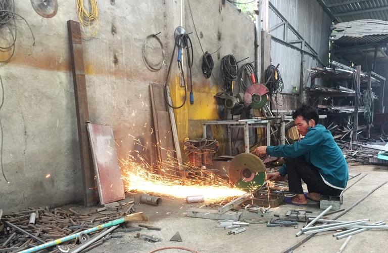 xưởng cơ khí