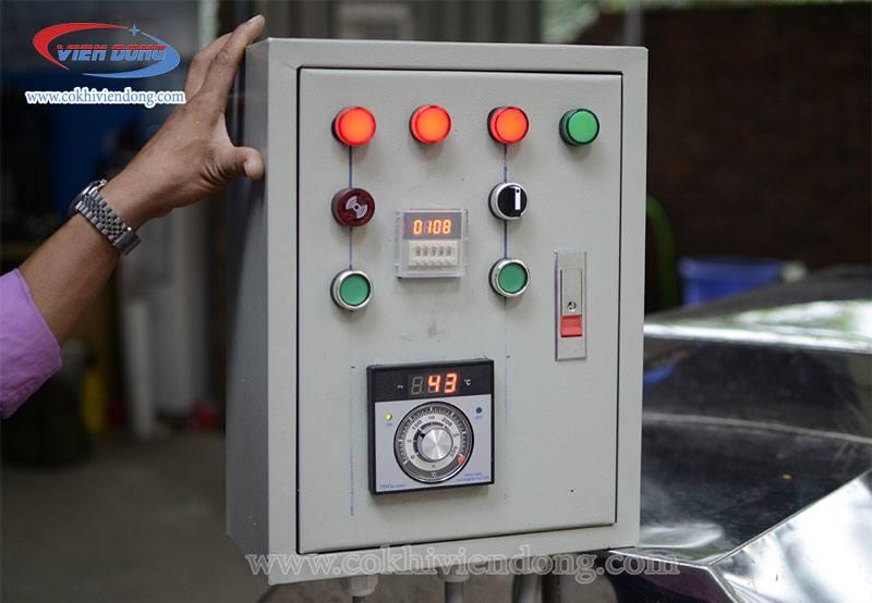 Bảng điều khiển của máy rang hạt VDR 30 được thiết kế theo nhu cầu khách hàng