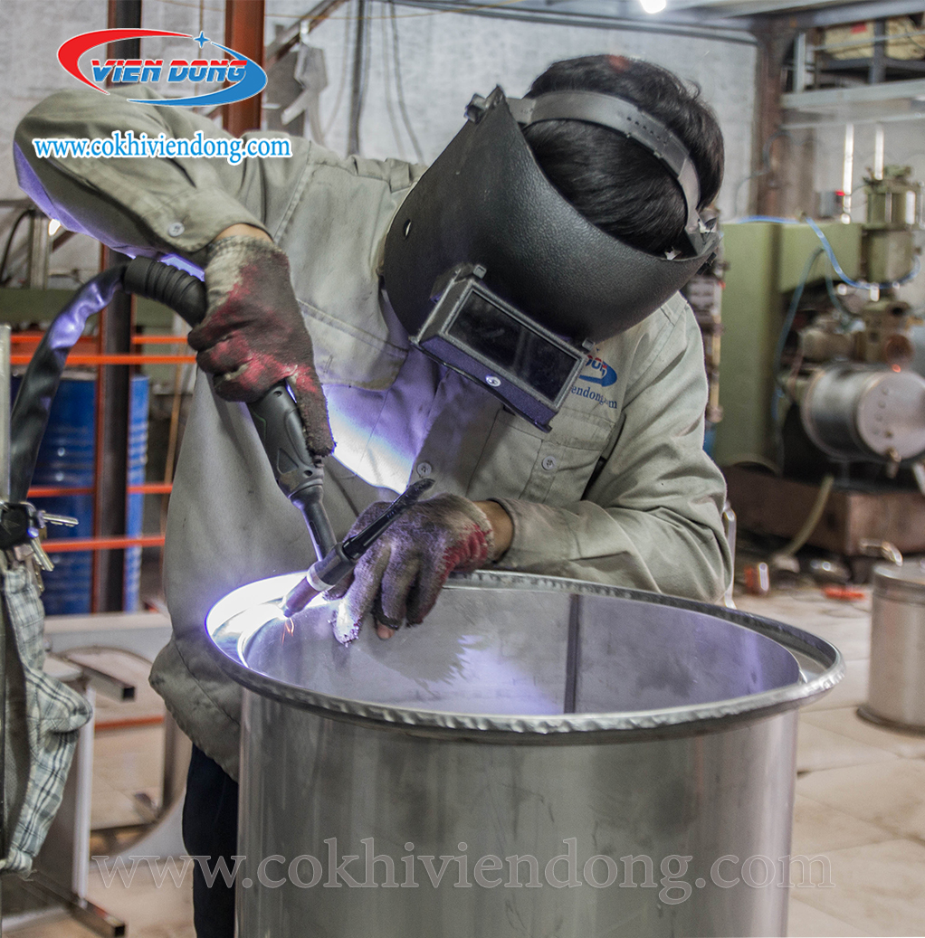 sử dụng inox 304 vào sản xuất