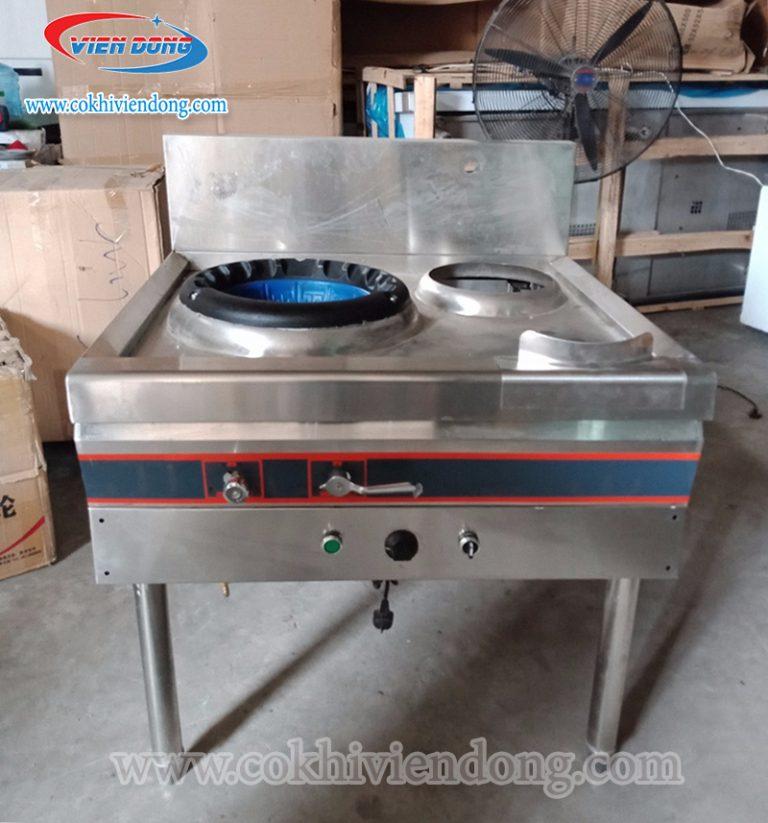 Dễ dàng vệ sinh bếp công nghiệp inox và bền bỉ với thời gian